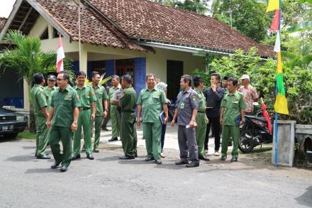 Penilaian Tim Lomba Kebersihan Tingkat Kecamatan di Desa Tirtomulyo