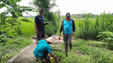 Pemasangan Tanda Batas Tanah Desa