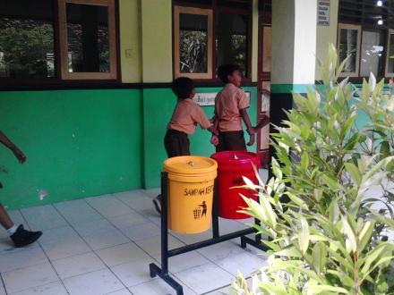 Bank Sampah Rejo Mulyo Kerja Sama Denga SDTirtomul